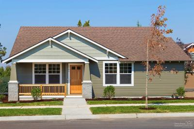 Bend Single Family Home For Sale: 2717 Northeast Black Oak Place