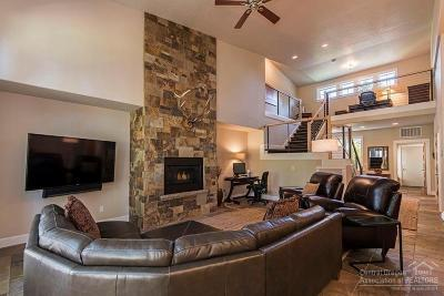 Bend Condo/Townhouse For Sale: 60451 Seventh Mountain Drive