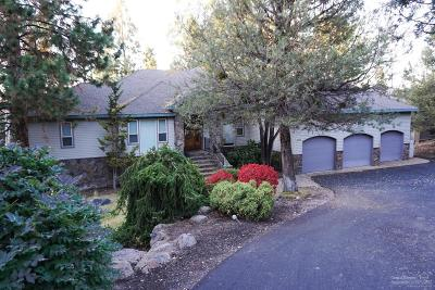 Single Family Home Shrtsale-Bringbckups: 2550 NW Champion Circle