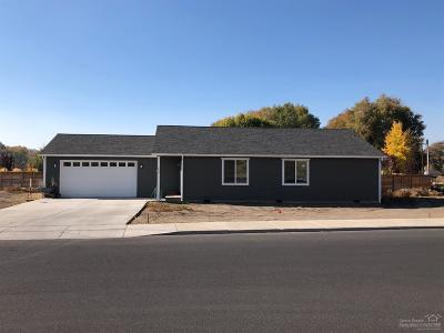 Prineville Single Family Home For Sale: 647 NE Juniper Street