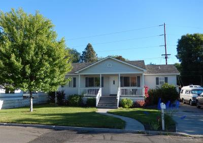 Prineville Single Family Home For Sale: 683 NW 5th Street
