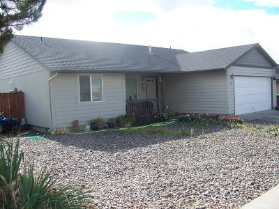 Prineville Single Family Home For Sale: 710 NE Black Bear Street