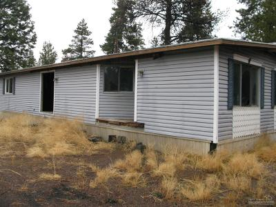 La Pine Mobile/Manufactured For Sale: 52594 Railroad Street