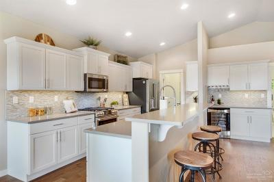 Bend Single Family Home For Sale: 1773 NE Janice Way