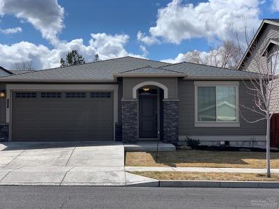 Prineville Single Family Home For Sale: 972 NE Steins Pillar Drive