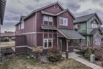 Redmond Single Family Home For Sale: 2410 NW Dogwood Avenue
