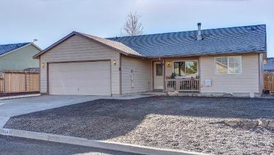 Prineville Single Family Home For Sale: 904 NE Manzanita Street