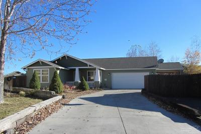 Prineville Single Family Home For Sale: 794 NE Fieldstone Court