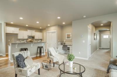 Single Family Home For Sale: 1819 NE Kristi Court