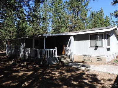 La Pine OR Mobile/Manufactured For Sale: $299,000