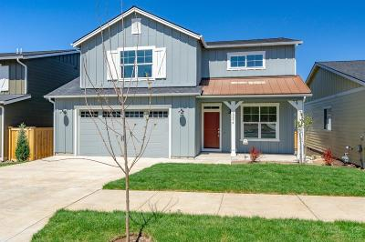 Bend Single Family Home For Sale: 19974 Voltera Place