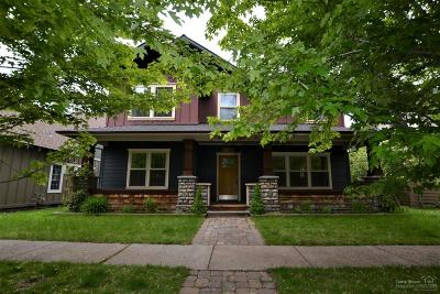 Bend Single Family Home For Sale: 21376 Oakview Drive