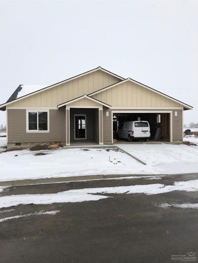 Metolius Single Family Home For Sale: 641 Freedom Lane