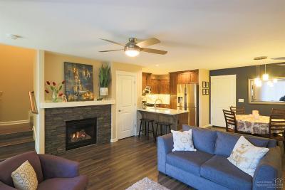 Bend Condo/Townhouse For Sale: 21016 High Desert Lane