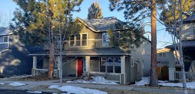 Bend Single Family Home For Sale: 315 NW Sandalwood Loop
