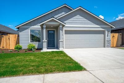 Redmond Single Family Home For Sale: 3005 NW Cedar Avenue