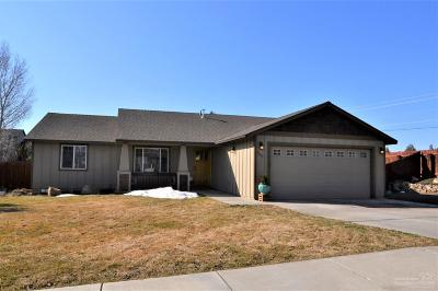Redmond Single Family Home For Sale: 2242 SW Metolius Avenue