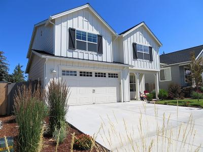 Bend Single Family Home For Sale: 1306 NE Hoover Loop