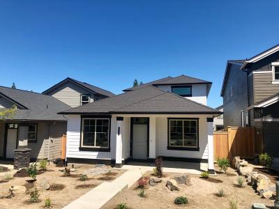 Bend OR Single Family Home For Sale: $434,900
