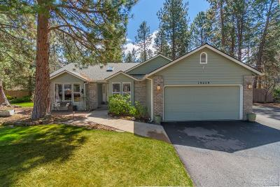 Bend Single Family Home For Sale: 19639 Topaz Court