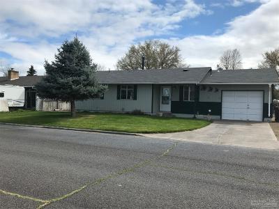 Prineville Single Family Home For Sale: 760 SE Juniper Street