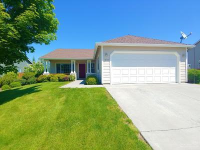 Redmond Single Family Home For Sale: 1607 NW Teak Avenue