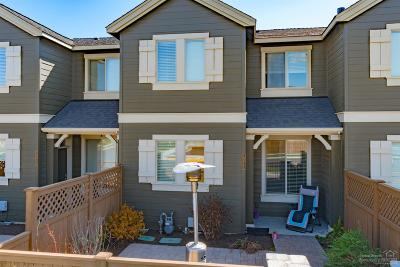 Bend Condo/Townhouse For Sale: 20912 NE High Desert Lane