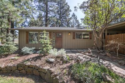 Single Family Home For Sale: 61430 Little John Lane
