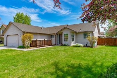 Redmond Single Family Home For Sale: 2850 SW 27th Court