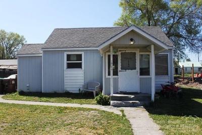 Single Family Home For Sale: 1746 NE Laughlin Road