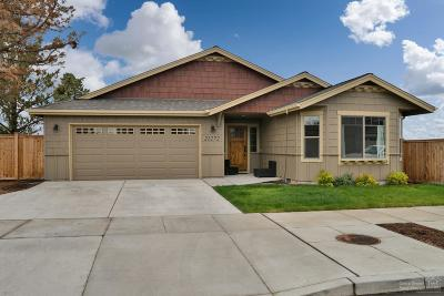 Bend Single Family Home For Sale: 21272 Darnel Avenue