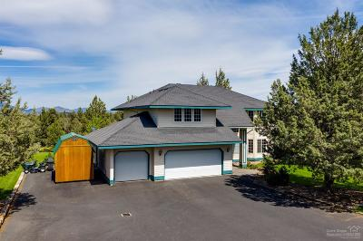 Redmond Single Family Home For Sale: 6625 NW Poplar Drive