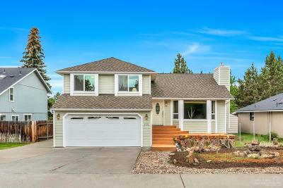 Bend Single Family Home For Sale: 1705 NE Hollow Tree Lane
