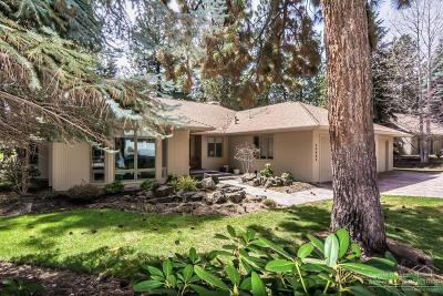 Bend Single Family Home For Sale: 20445 Steamboat