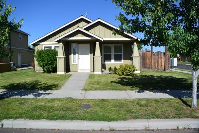 Redmond Single Family Home For Sale: 1415 NE 4th Street