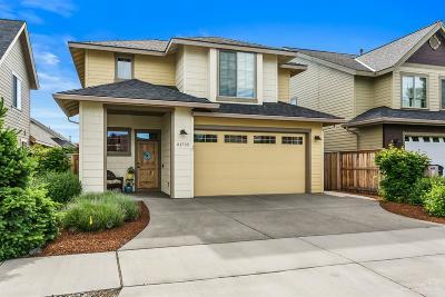 Bend Single Family Home For Sale: 61752 Bridgecliff Drive