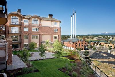 Bend Condo/Townhouse For Sale: 363 SW Bluff Drive #303