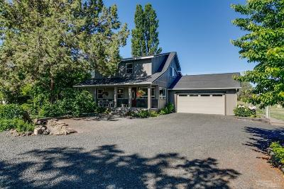 Redmond Single Family Home For Sale: 6106 SW Nighthawk Avenue