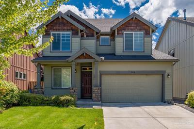 Single Family Home For Sale: 2879 NE Sedalia Loop