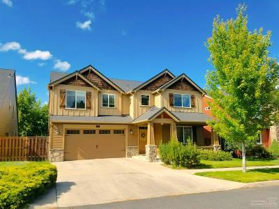 Bend Single Family Home For Sale: 20568 Jacklight Lane