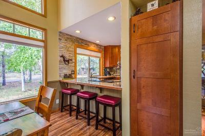 Sunriver Single Family Home For Sale: 17710 Rogue Lane