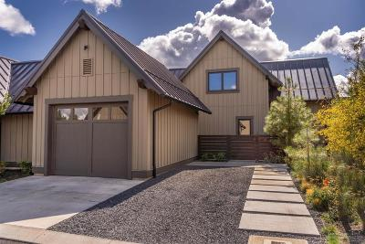 Bend Single Family Home For Sale: 19371 Blue Bucket Lane