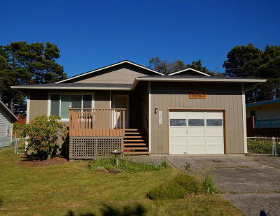 Gleneden Beach OR Single Family Home Sold: $190,000