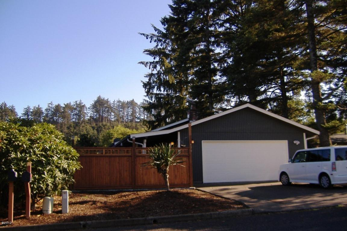 179 Nw 58th St Newport Or Mls 14 802 Oregon Coast Real Estate