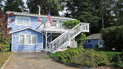 Single Family Home Sold: 1901 NW Cedarcrest Pl