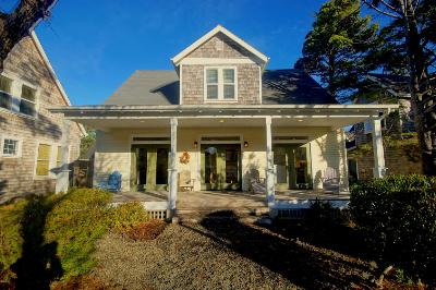 Depoe Bay OR Single Family Home Closed: $400,000