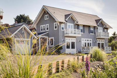 Lincoln City OR Single Family Home Sold: $640,000