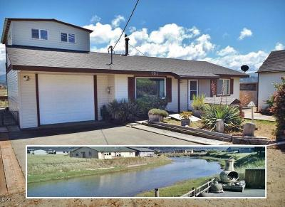 Waldport Single Family Home For Sale: 701 NW Oceania Dr