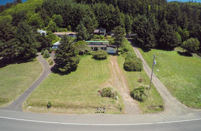 Yachats Single Family Home For Sale: 1680 N Us-101