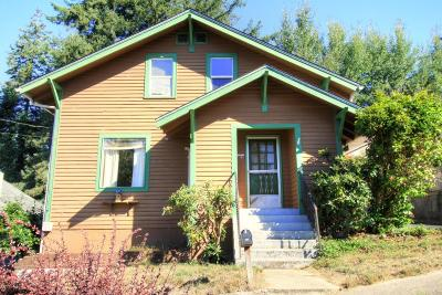 Single Family Home Sold: 560 SE 4th St